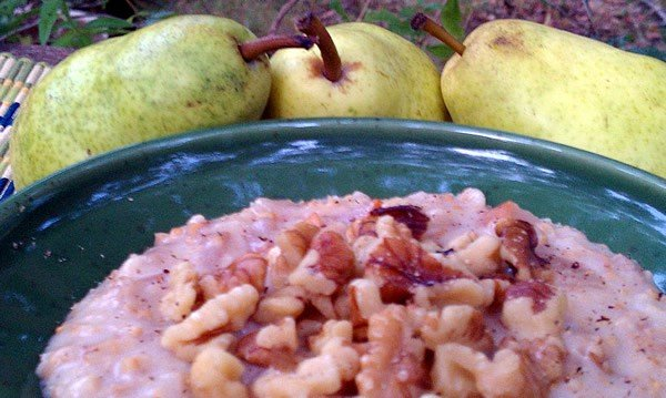Slow Cooker Maple Pear Walnut Cake Oatmeal - the Oatmeal that Starts Your Week Off Right