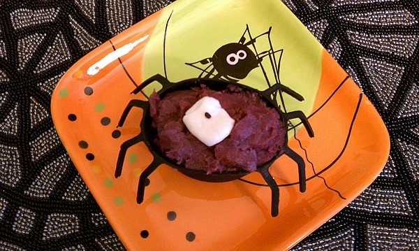 A Slow Cooker Halloween