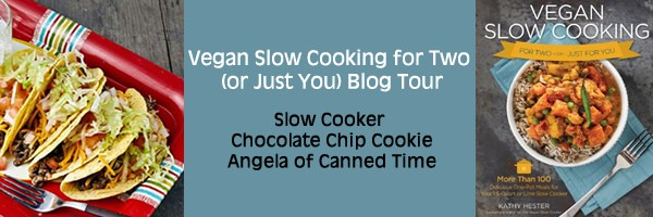 blog-tour-slow-cooker-chocolate-chip-cookie