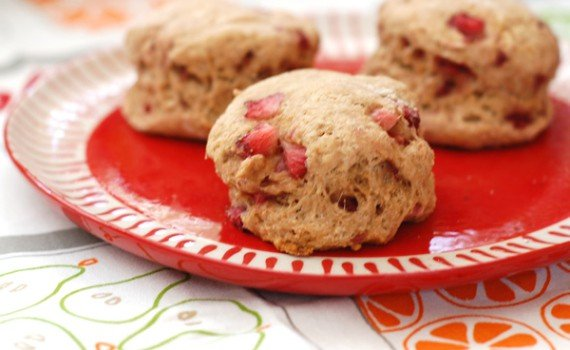 Vegan Strawberry Spelt Biscuits from Healthy Slow Cooking