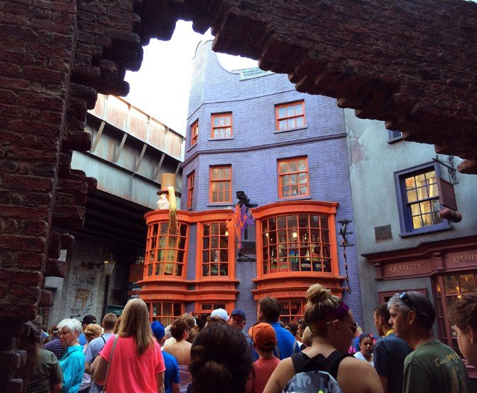 Diagon Alley and Homemade Pumpkin Juice