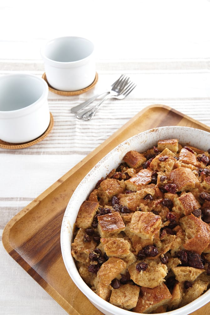 Book Review: Vegan Casseroles and a Rustic Vegan Bread Pudding Recipe!