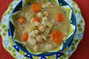 7 Simple Slow Cooker Soups form HealthySlowCooking.com