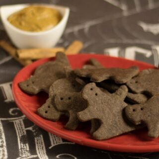 Creepy Bats and Cats Chocolate Graham Crackers from The Ghoulish Gourmet