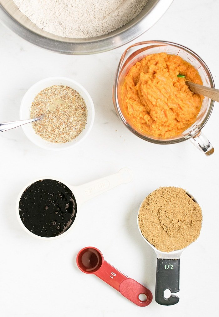 Vegan Pumpkin Gingerbread - no added oil and full of veggie and whole grains! #SamsClubMag #spon @SamsClub