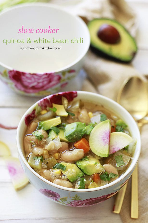 Slow Cooker White Bean and Quinoa Vegetarian Chili from yummymummykitchen.com