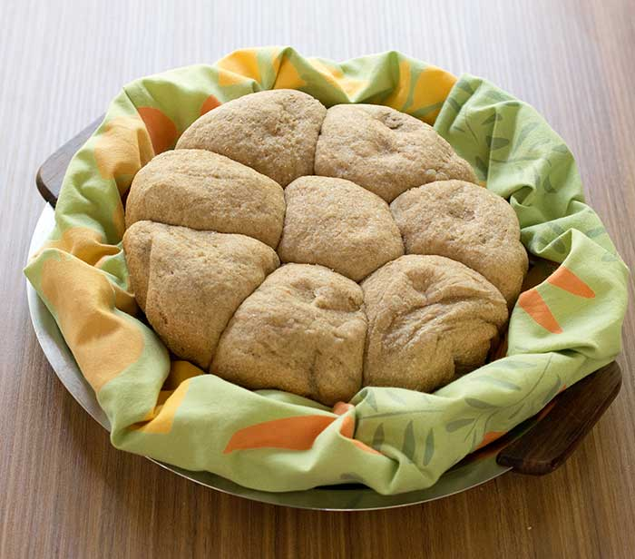 Slow Cooker Whole Wheat Spelt Potato Rolls frees up your oven for recipes! You have to make these this for your next SUndat dinner