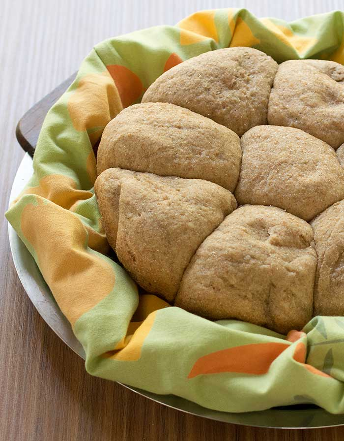 Slow Cooker Whole Wheat Spelt Potato Rolls frees up your oven for other holidays treats! You have to make these this Thanksgiving!