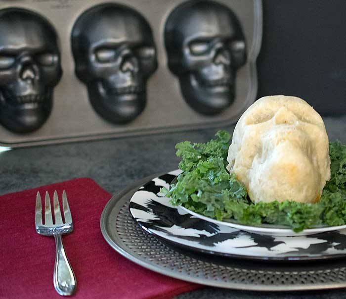 Spooky Skull Vegan Pot Pies for a Haunted Halloween Dinner