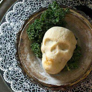 Spooky Skull Vegan Pot Pies for a Haunted Halloween Dinner