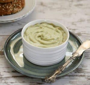Vegan Avocado Cashew Cream Cheese