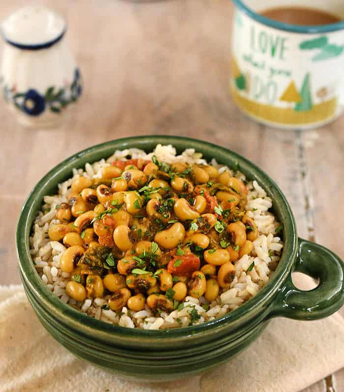 Vegan Instant Pot Black-Eyed Pea Curry with Spinach