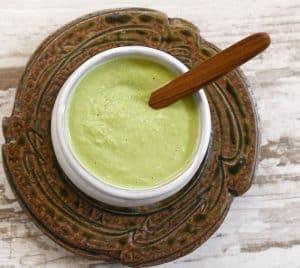 Vegan Kale-Stem Creamy Sauce